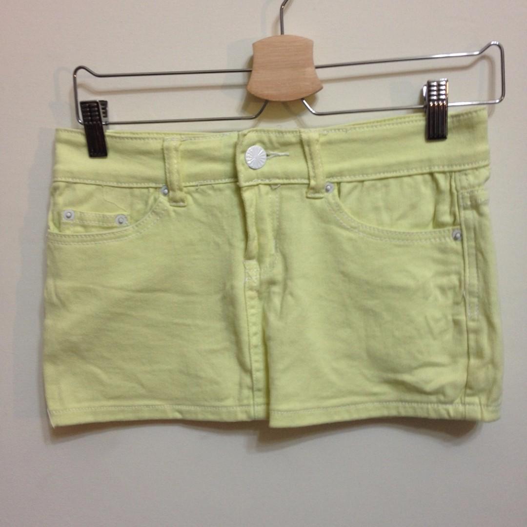 鵝黃色夏日短裙-S