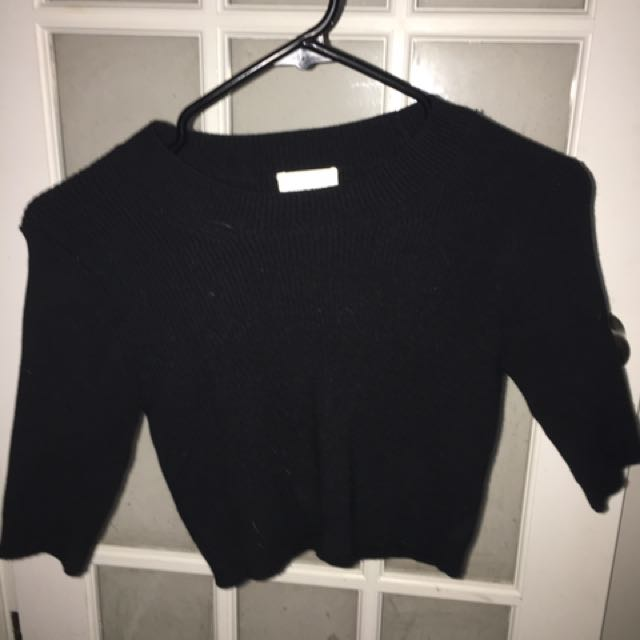 Aritzia Crop Sweater