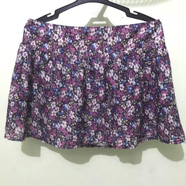 Aèropostale Floral Skirt