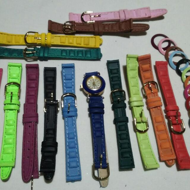 Changeable strap fashion watch