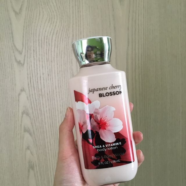 """Bath and body works """"japanese cherry blossom"""" body lotion"""