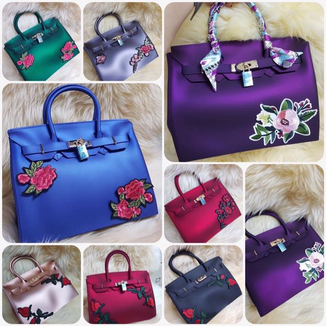 Beachkin Bag With Complete Accesories