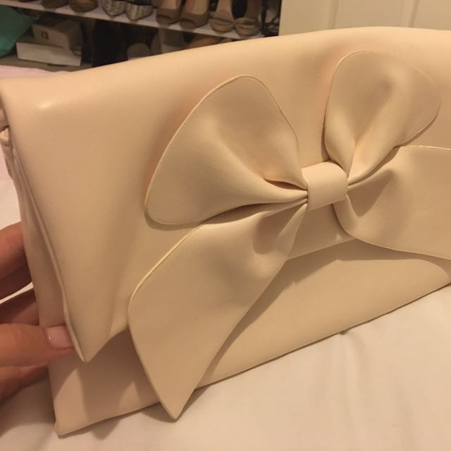 BRAND NEW Forever New Clutch - Cream