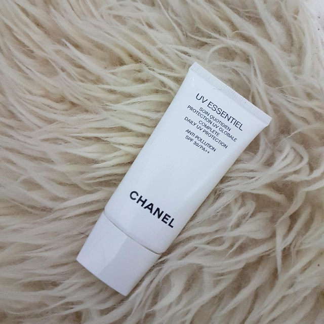 Chanel UV Essentiel Spf 30 UV Protection