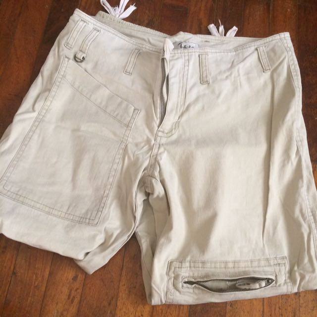 CreAm white tokong pants