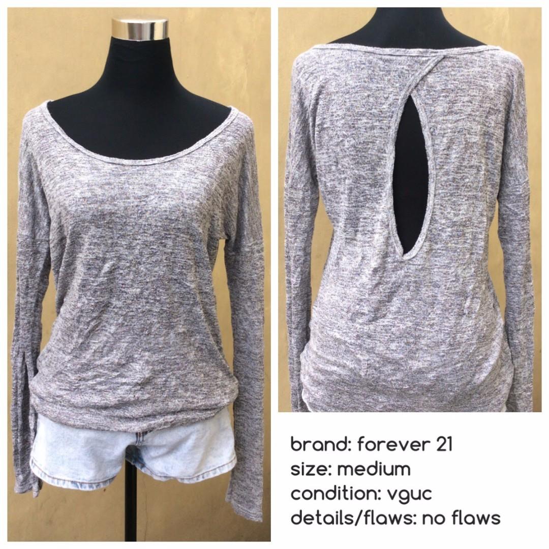 Forever 21 Gray Long Sleeved Blouse