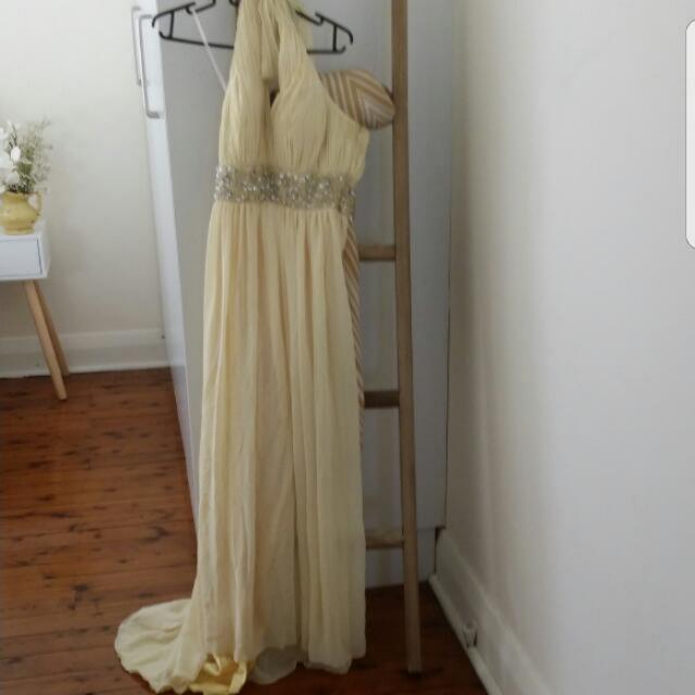Formal Dress Suttle Yellow