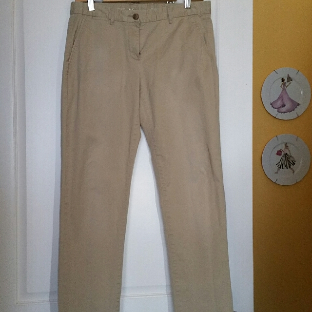 Gap Khakis Pants (Essentials)