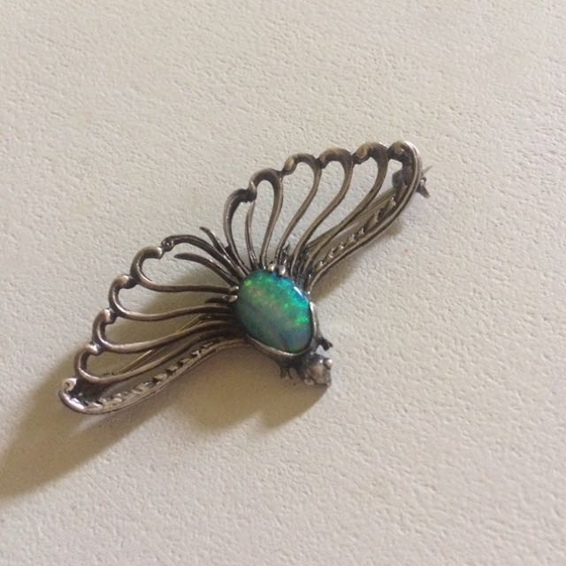 Genuine high quality solid opal brooch