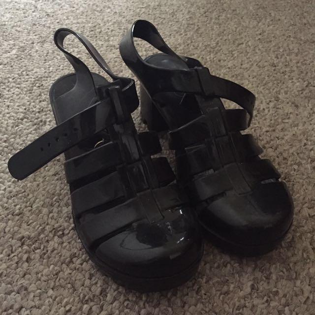 Lipstik Heel Sandals