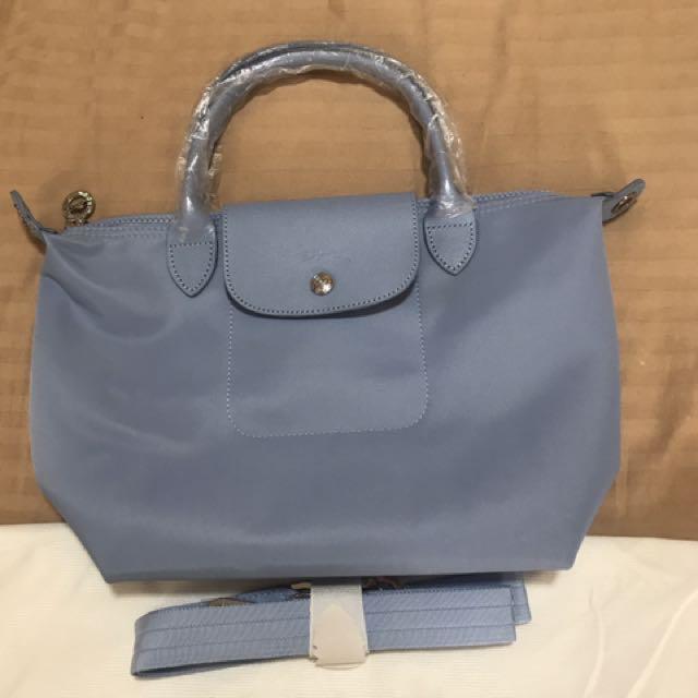 Longchamp neo small in powder blue