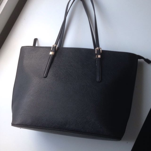 NOVO Leather handbag
