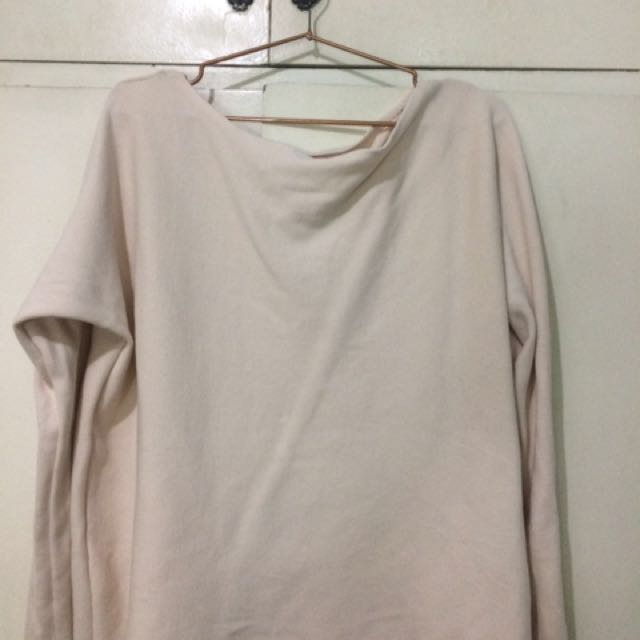 One sided off-shoulder nude long sleeves HnM
