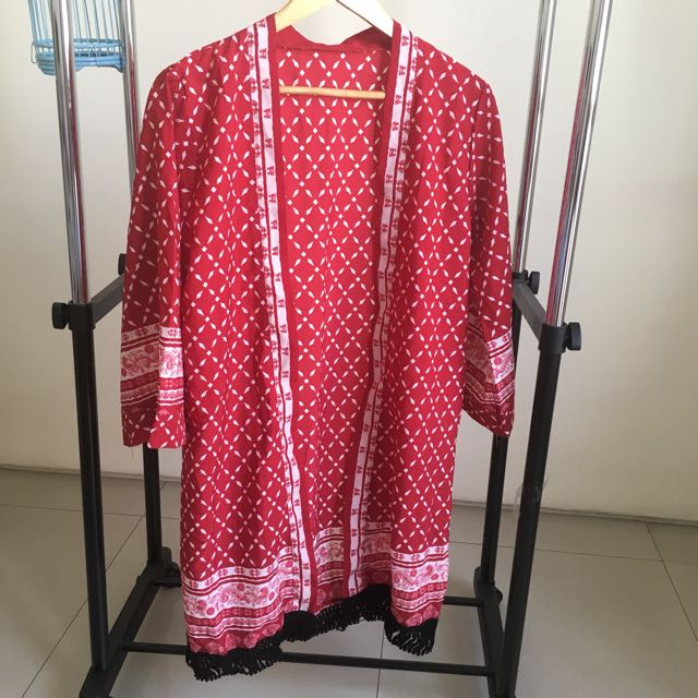 outer red n white rumbai