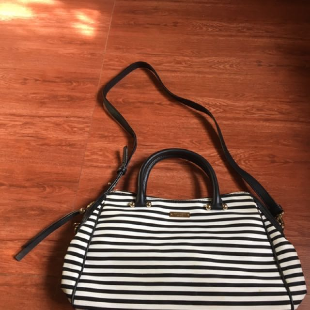 Pre-loved Aunthentic Kate Spade NY Bag