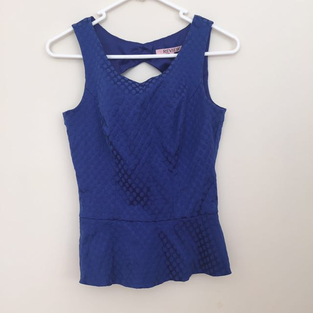 Review blue top size 8