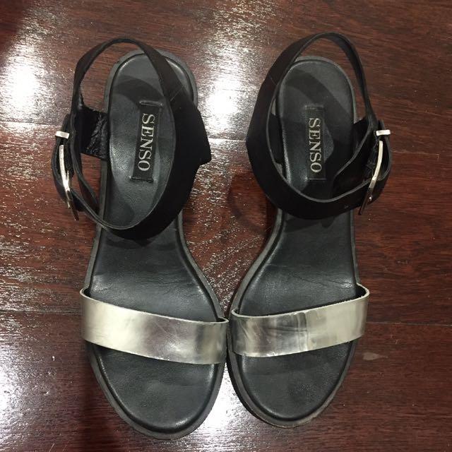 Senso sandals size 7