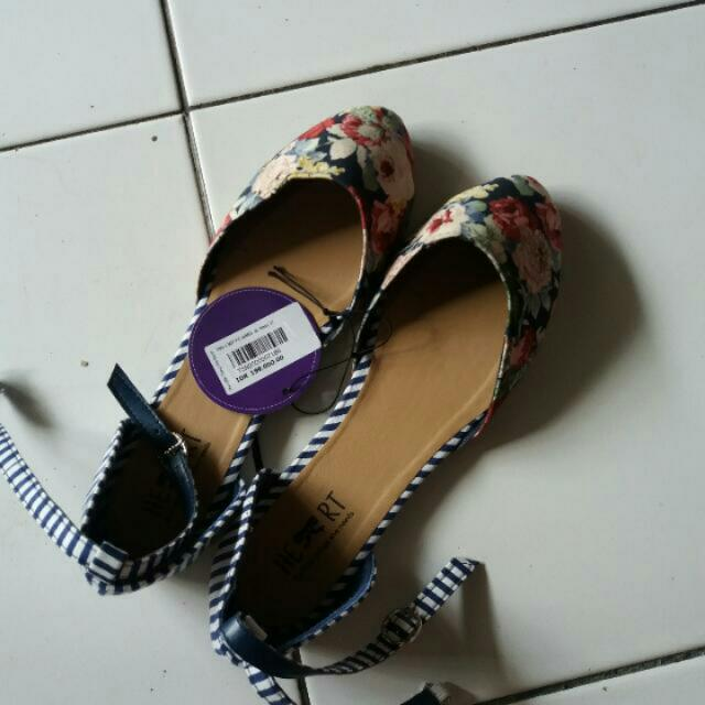 Sepatu Flatshoes The Little Things