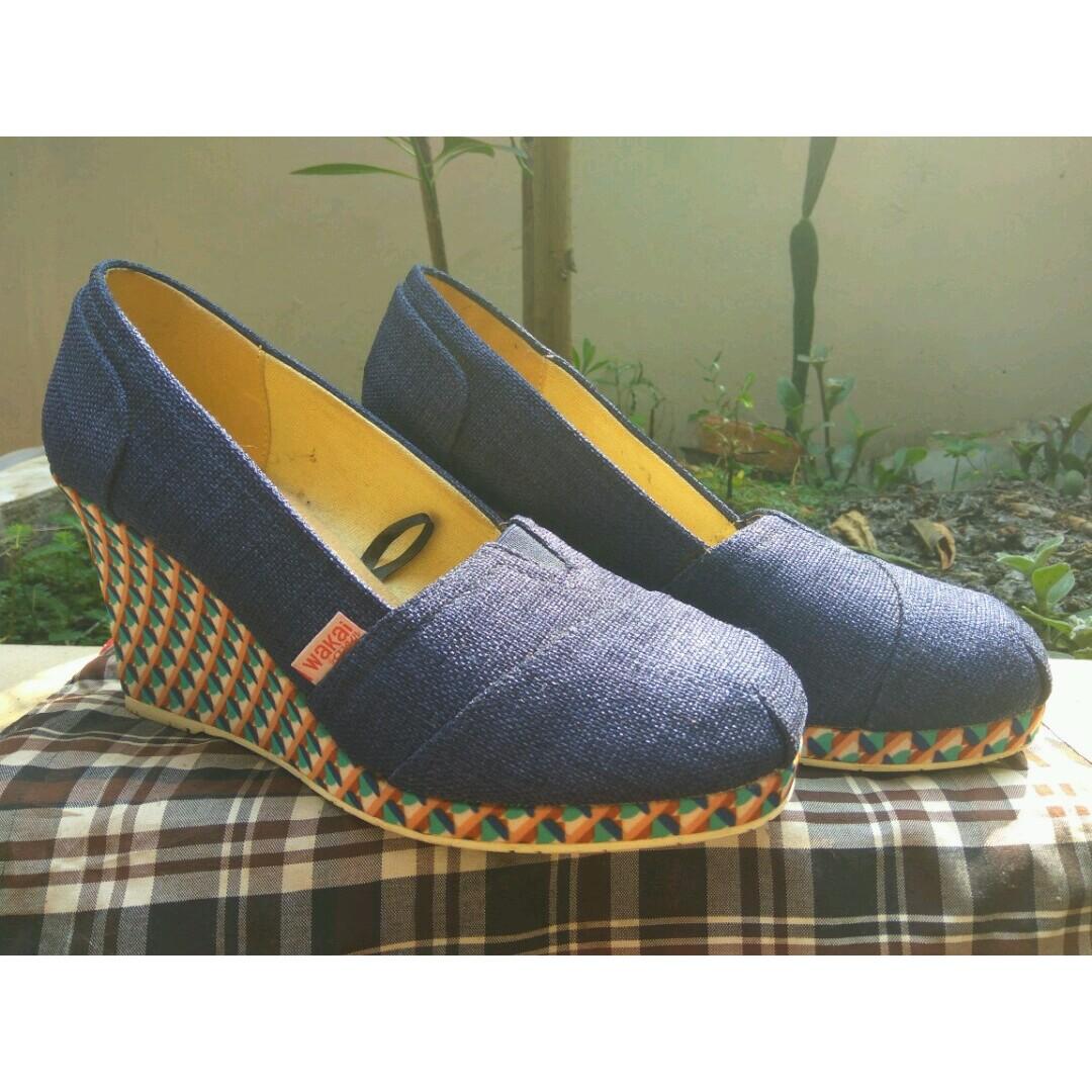Sepatu Wakai Heels size 39
