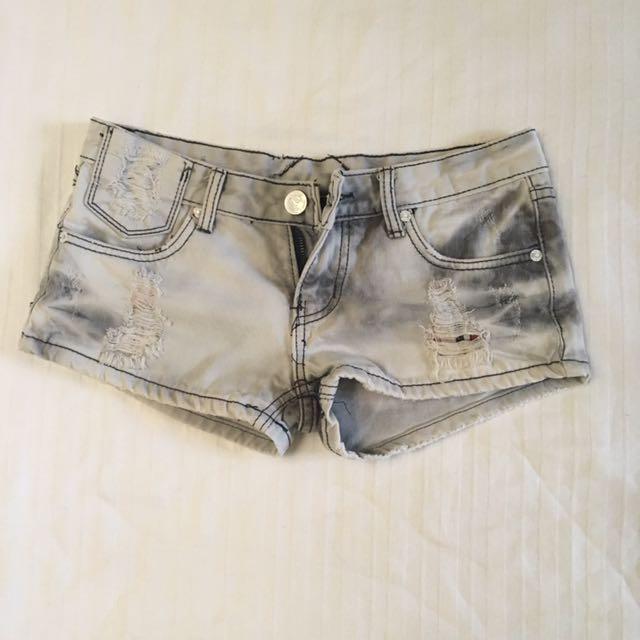 Shorts Size 00