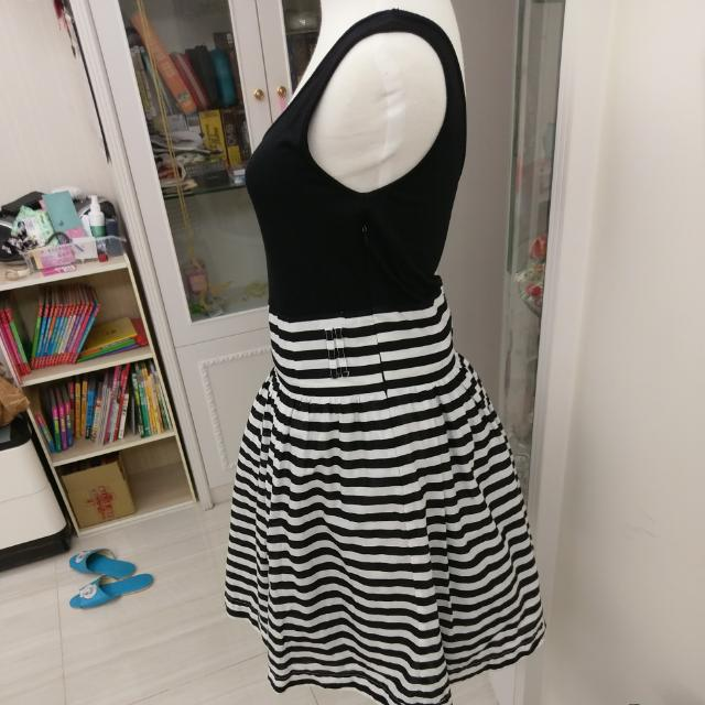 SO NlCE 黑白條紋復古洋裝