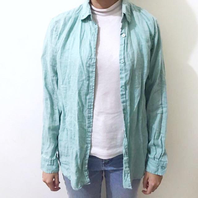 Uniqlo 湖水綠亞麻襯衫