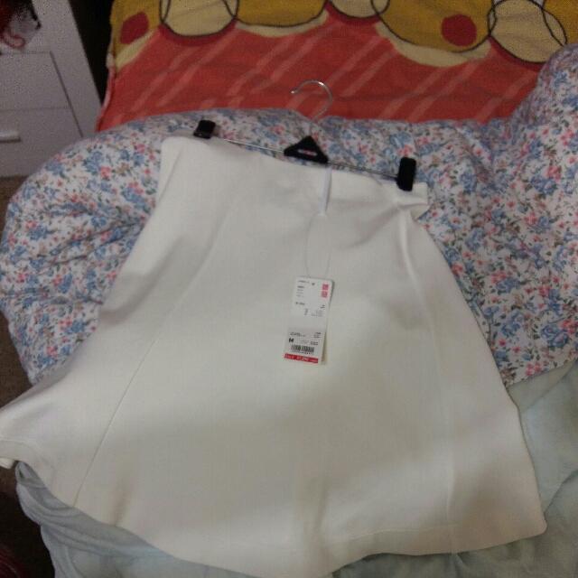 Uniqlo cream Cotton Skirt