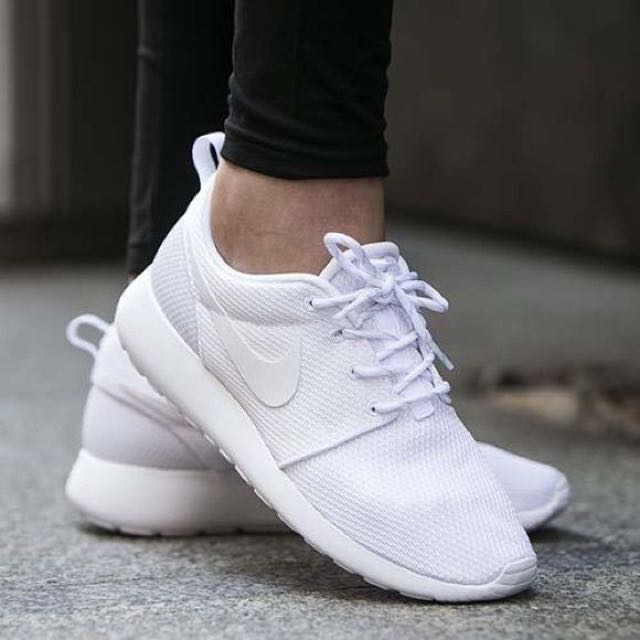 Purchase \u003e white runners womens, Up to