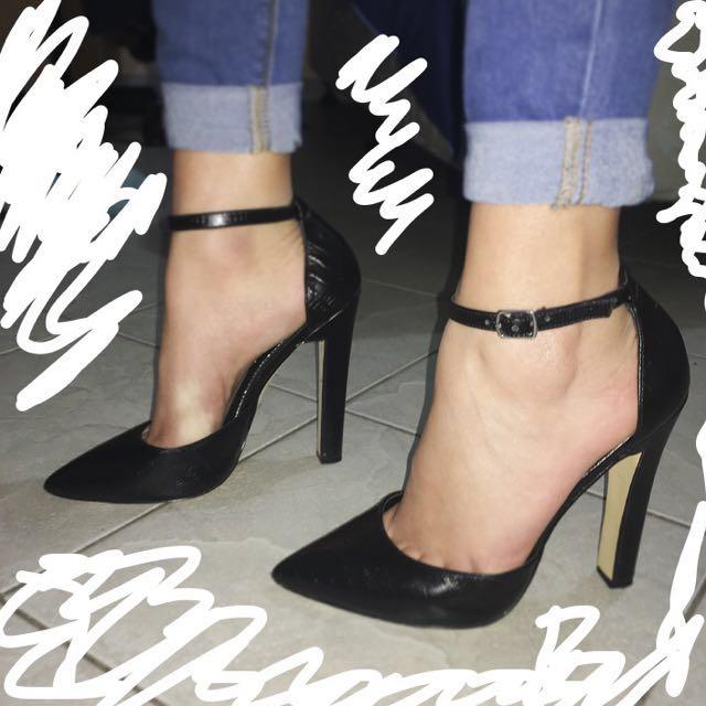 WindsorSmith Heels - Black Snake Print