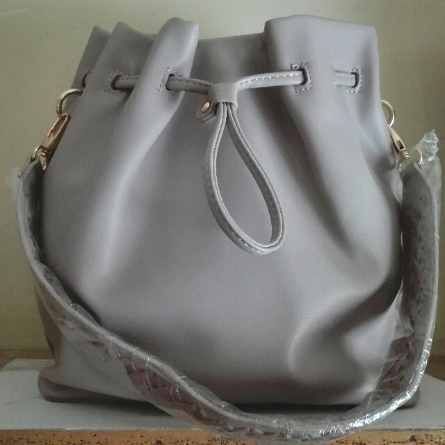 478ad8bd9e3b Zalora Shoulder Pack Bag