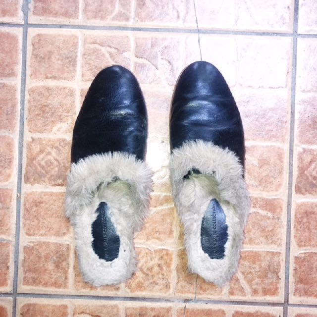 14928946f60 Zara Faux Fur Slides