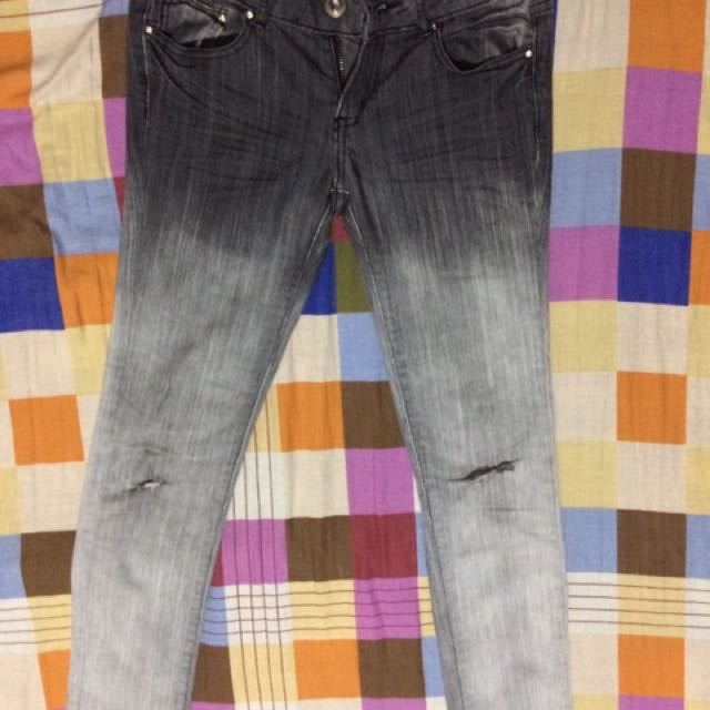 Zara Ripped Faded Jeans-FREE SHIPPING on worth 500.00 purchase