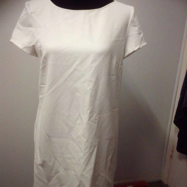 Zara Woman White Soft Dress Size M