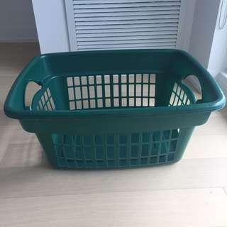 Rubbermaid Green Laundry Basket