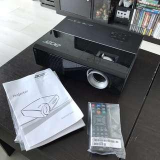 BNIB ACER P1273 Projector