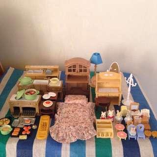 Sylvanian Families & Sylvanian-compatible Items Bundle