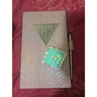 Katy Perry Prism Notebook w Pen