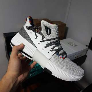 [CLEARING]Adidas Dame 3 US10