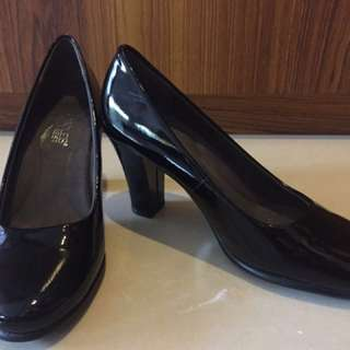 Aerosoles Black Pumps Size 6