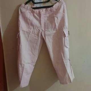 Celana 3/4 Baby Pink