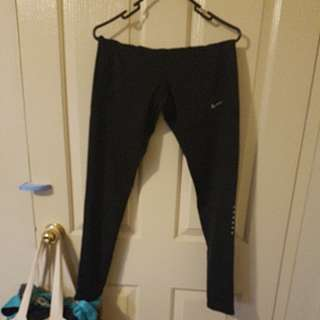 NEW NIKE dri-fit workout pants size M