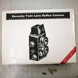 Recesky Twin Lens Reflex Film Camera