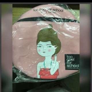 🎉限時免運🎉Too Cool For School 酷女孩圓筒化妝包