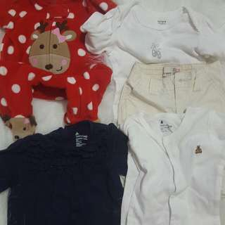 TAKE ALL!!!2 pcs carters baby clothes0-3 months, 1baby gap onesie, 1 baby gap cargo pants 3-6 months  and 1 baby gap blue top