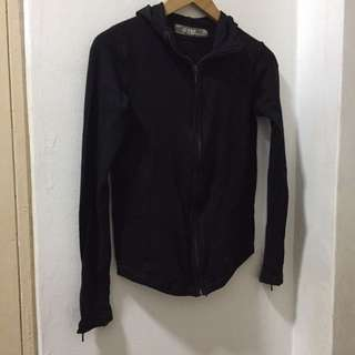 Zara Black Sweater With Hoodie Size M