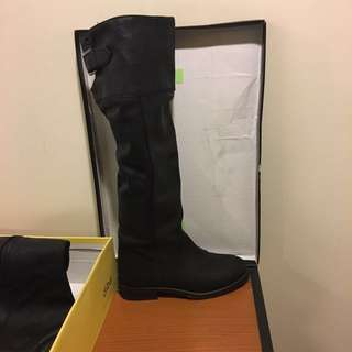 PURE LEATHER WILD PAIR BOOTS