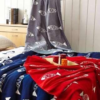 🚚 魚仔紗布被 紅色 灰色
