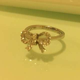 MaBelle 18K/750 白金鑽石戒指 (31粒圓石共重26份)