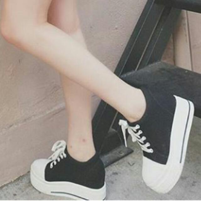 轉售 Tana 增高厚底帆布鞋