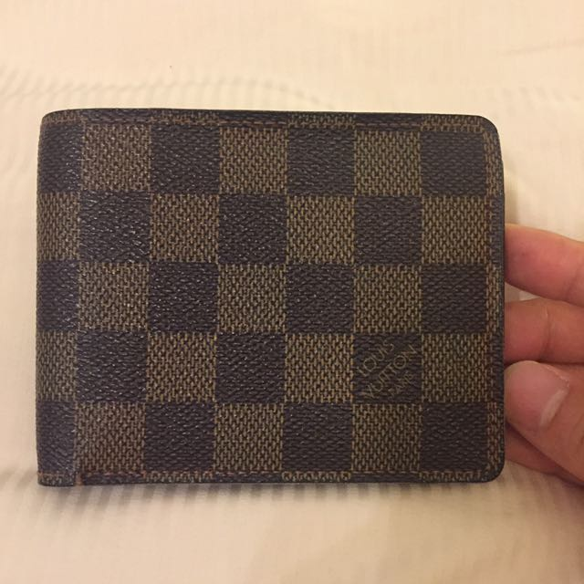 Authentic LOUIS VUITTON damier wallet 8b32f7a66c3
